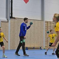G10-laget til Os Turn fekk ei ekslusiv trening saman med Reinkind. (Foto: KOG)