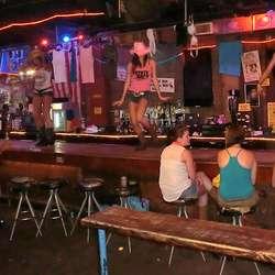 Og puben kjent frå filmen Coyote Ugly.