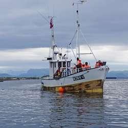 I Os hamn etter nokre timar på fiske utanfor Sandholmane. (Foto: Kjetil Vasby Bruarøy)