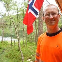 Lærar Jostein Ulland ved Os vgs. (Foto: KVB)