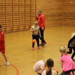 Spelarane viser imponerande framgang i følgje Husebø (foto: AH)