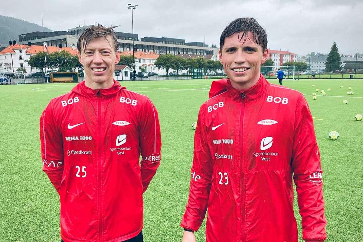 – Det kan ikkje ha vore eit enkelt val, seier Olis om at Vegard har bestemt seg for å leggja fotballskoa på hylla. (Foto: Ørjan Håland)