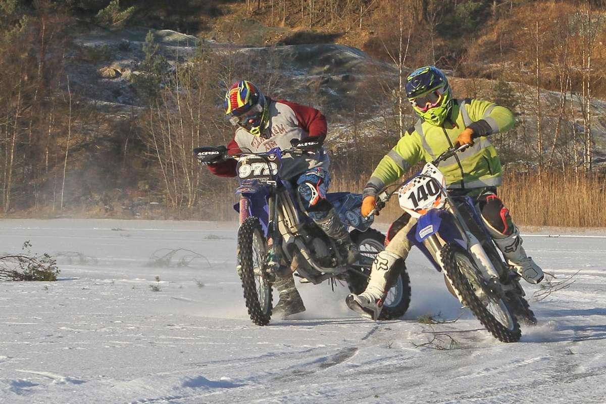 Frå køyring på is på Ulvenvatnet i 2013. (Foto: KVB)