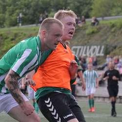 Kaptein Niklas Linde nikka inn 3-1 rett før pause. (Foto: KVB)