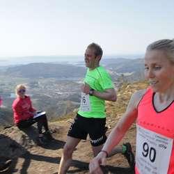Tore Sælen sprang på 27:69, Karin Hilstad på 27:50. (Foto: KVB)
