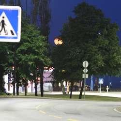 Fullmånen sett frå Lundehjørnet. (Foto: Kjetil Vasby Bruarøy)