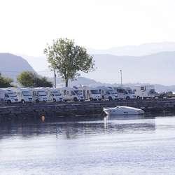 Dei populære bubilplassane kan no få selskap av 20 båtar. (Foto: KVB)