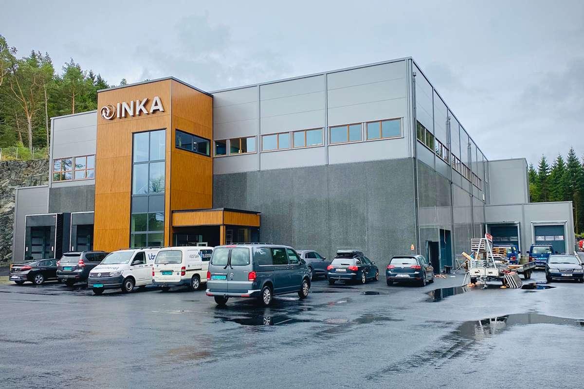 Om to veker er det fullskala produksjon i den nye fabrikken. (Foto: Ørjan Håland)