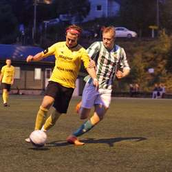 Målskårarar i duell, Egge Drange vs Blomberg. (Foto: KVB)