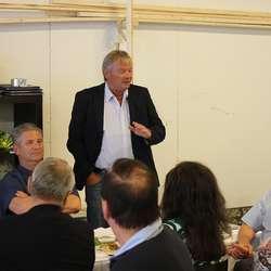 Kjell Størksen saman med styreleiar Roald Stigen og olje- og energminister Terje Søviknes (foto: AH)