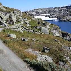 Barn ned til 7 år kan sykle Rallarvegen, om de er flinke til å sykle. (Foto: André Marton Pedersen)