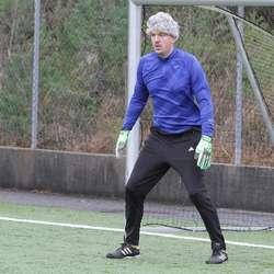 Thomas «Veggen» Helgesen var ikkje like god i mål som forbildet sitt. (Foto: KVB)