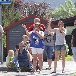 Godt publikum på Søfteland. (Foto: KVB)