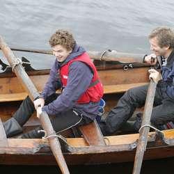 Raskast av alle var Øyvind Sundfjord og sonen Jonas. (Foto: KVB)