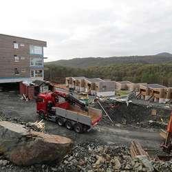 I Hjellemarka ser det no sånn ut i B5 og B6. Her kjem snart B9 for sal, med 16 nye hus. (Foto: KVB)