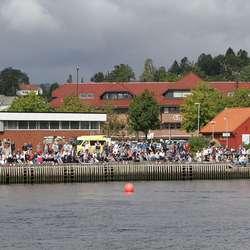 Dragebåtfestivalen hadde stort publikum. (Foto: KVB)