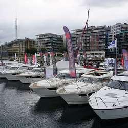 Rekordmange 300 båtar var stilt ut. (Foto: CFB)