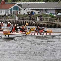 Johs Sælen slo naboane Vest Mek, men begge hamna til slutt i finalen.