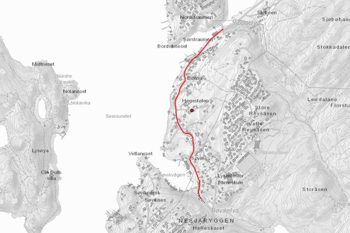 Det lengste strekket på Os-sida av kommunen er 1256 meter forbi Søvikvågen. (Kart: Vestland fylke)