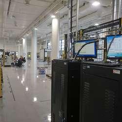 Delar av den 6000 kvm store fabrikken. (Foto: KVB)