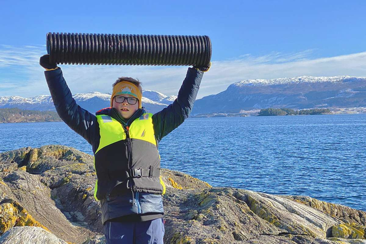 Aryan Nygard med storfangst på Raudholmane. (Foto: Ørjan Håland)