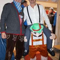 Brørne Wold var blant dei som stilte uniformert. (Foto: KVB)