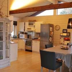 Dette kjøkkenet fekk Tid for Hjem gå laus på. (Foto: TV 2)