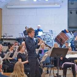 Thomas Hjertaker heidra norsk folkemusikk på obo.  (Foto: KOG)