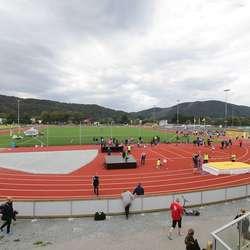 I helga er det opningsstemne i Os Idrettspark. (Foto: KVB)