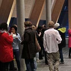 Eit svolten publikum (Foto: Kari Marie Austevoll)