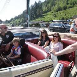 Gustav, Gustav junior og Terje hadde med seg damene. (Foto: KVB)