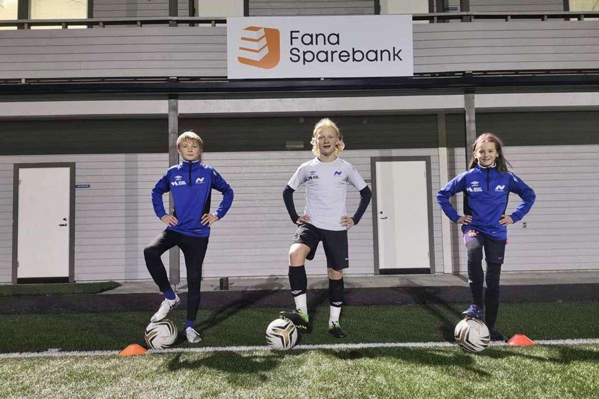 F.v.: Fredrik S. Skeie, Magnus Spangelo Haga og Lucas Eide Døsen. (Foto: Martin Eidsvik, Nore Neset il)