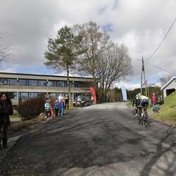 Start og mål var som vanleg ved Os Gymnas. (Foto: Kjetil Vasby Bruarøy)