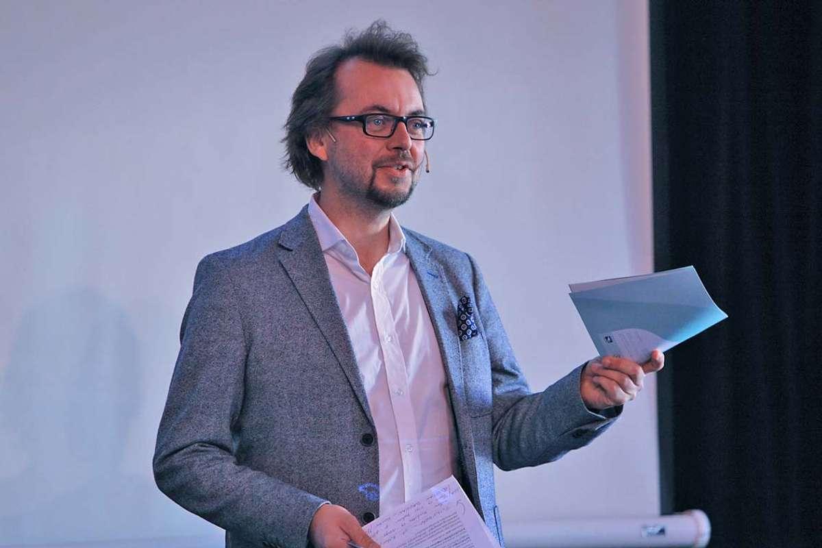 Ole Tobias Lindeberg, her då han sleppte programmet for 2020. No veit han knapt kva som skjer frå veke til veke. (Foto: Kjetil Vasby Bruarøy)