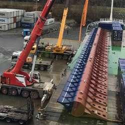 Klar for å løfta 50 meter. (Foto: Universal Logistics Bergen AS)