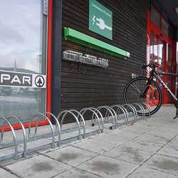 Torsdag har Sport Norge elsykkeldemo ved Spar. (Foto: KVB)