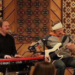 Før åresal var det konsert med Eirik og Olav. (Foto: KVB)