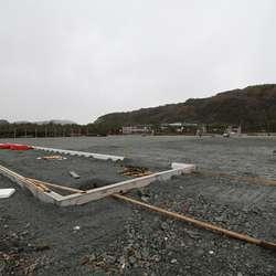 Ringmuren er klar, no blir det garderober og allrom på Nore Neset (arkivfoto: AH)