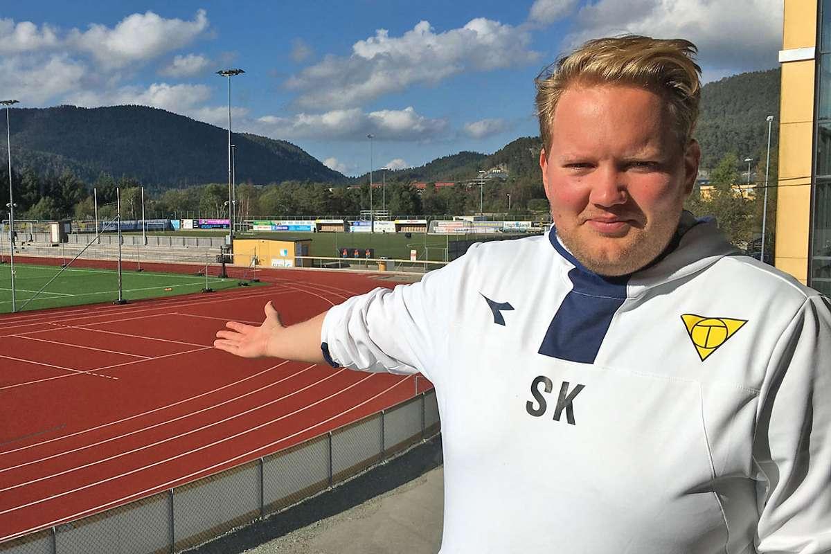 Stian Kvåle blir ny hovudtrenar for Os 2. Kvåle har hatt fleire trenarverv i Os gjennom dei siste åra. (Foto: Kjetil Vasby Bruarøy)