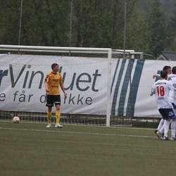 Og på banen, for innbytar Martin Pedersen. (Foto: KVB)