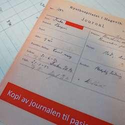 «Betydelig bedring»: Den første journalen til den første pasienten, Frida. (Foto: KVB)