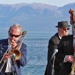 Osøren Jazzensemble og Marita Moe Sandven - Oseana 17. mai, 2019. (Foto: KOG)