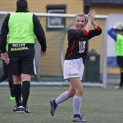 Tina S. Lindbom overraska med skåring på ein lang lobb. (Foto: KVB)