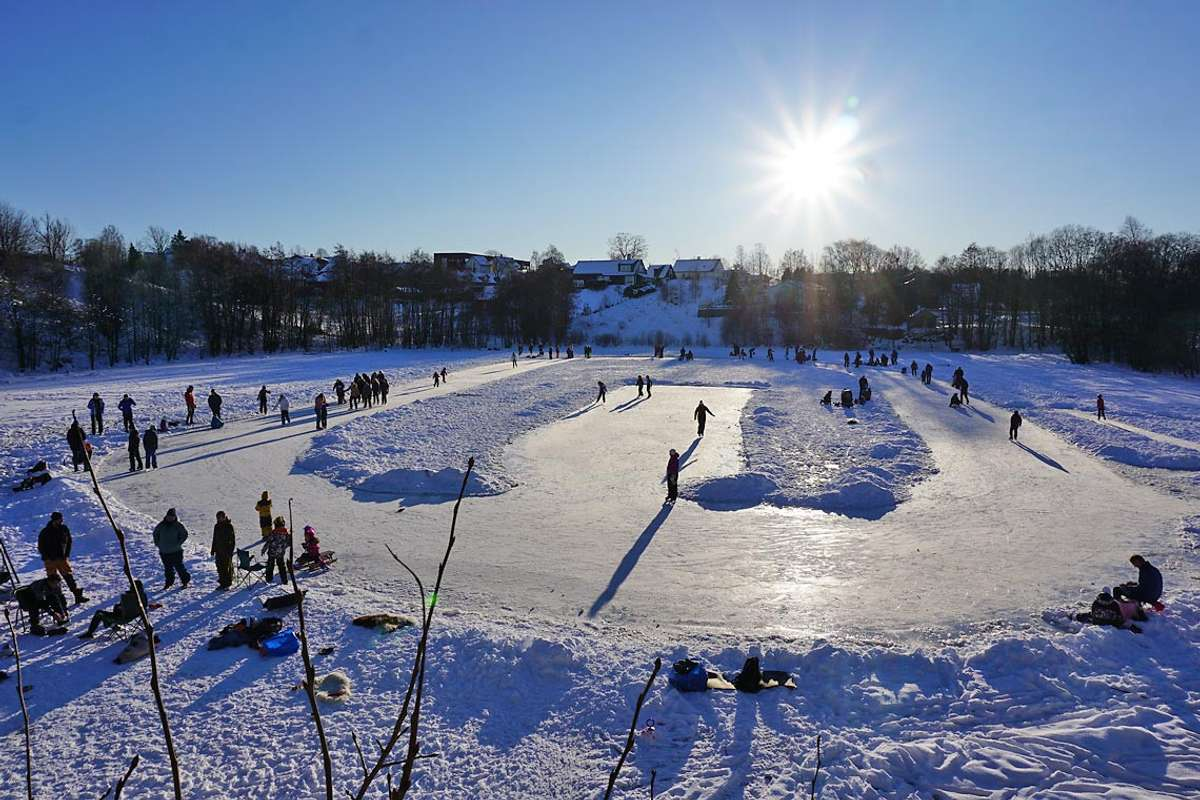 Sjekk forholda på Lekvenvatnet! I kveld skal isen bli preppa igjen. (Foto: Kjetil Vasby Bruarøy)