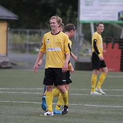 Håkon gliste godt etter 1-0 på langskot. (Foto: KVB)