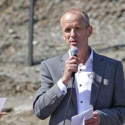 Sverre Ottesen ønskte velkomen. (Foto: KVB)
