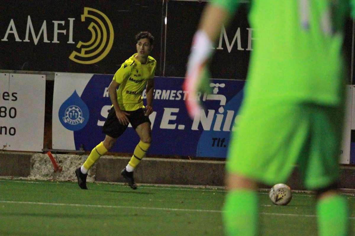 Kerem Duvarci, som sette inn 1-0, klar for innlegg. (Foto: KVB)