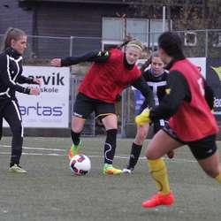 Vilde Drange Veglo i finalen for Nederlaget FC.