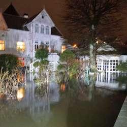 Sånn såg hagen deira ut i natt. (Foto: KVB)