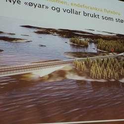 Modell for brufestet på Gulholmen med nye øyar og vollar som støyskjerming